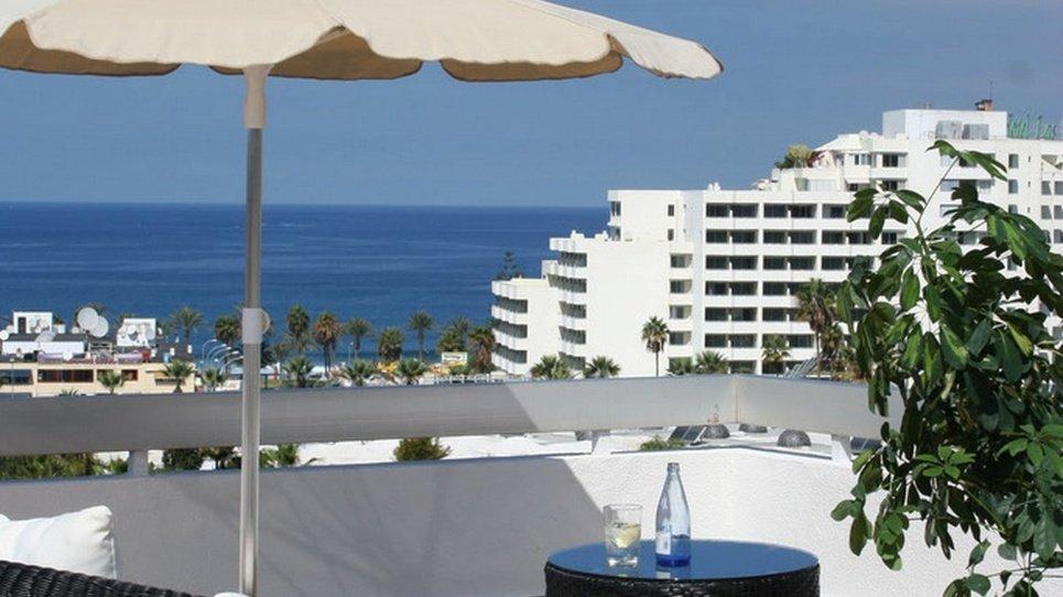 SONNENTERRASSE AUF DEM DACH MIT AUSSICHT Hotel Coral Suites & Spa