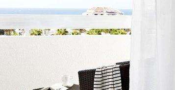 JUNIOR SUITE POOLBLICK Hotel Coral Suites & Spa