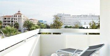 JUNIOR SUITE MEERBLICK Hotel Coral Suites & Spa