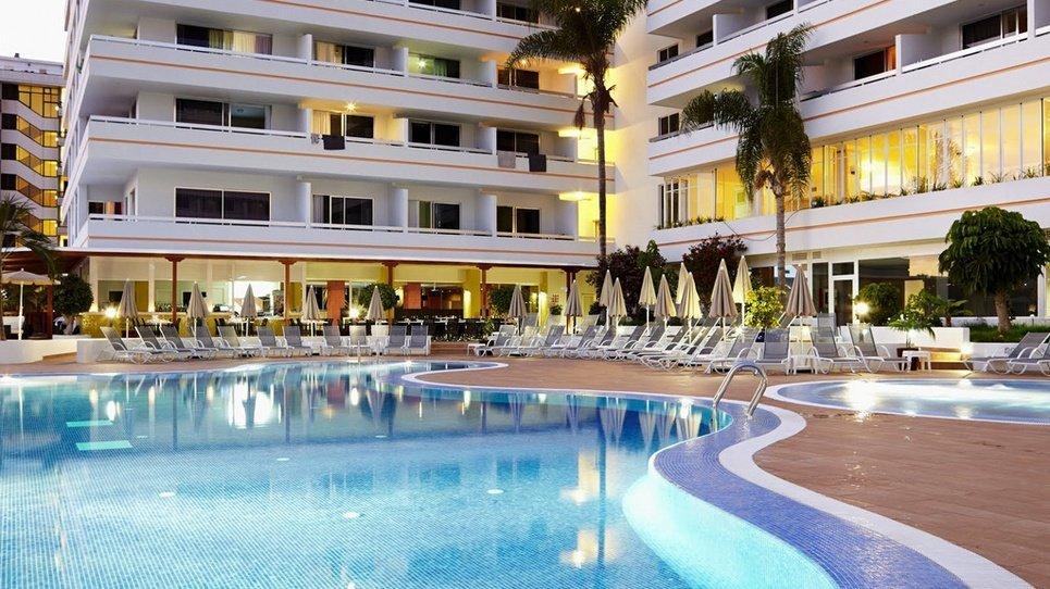 AUSSENPOOLS Hotel Coral Suites & Spa